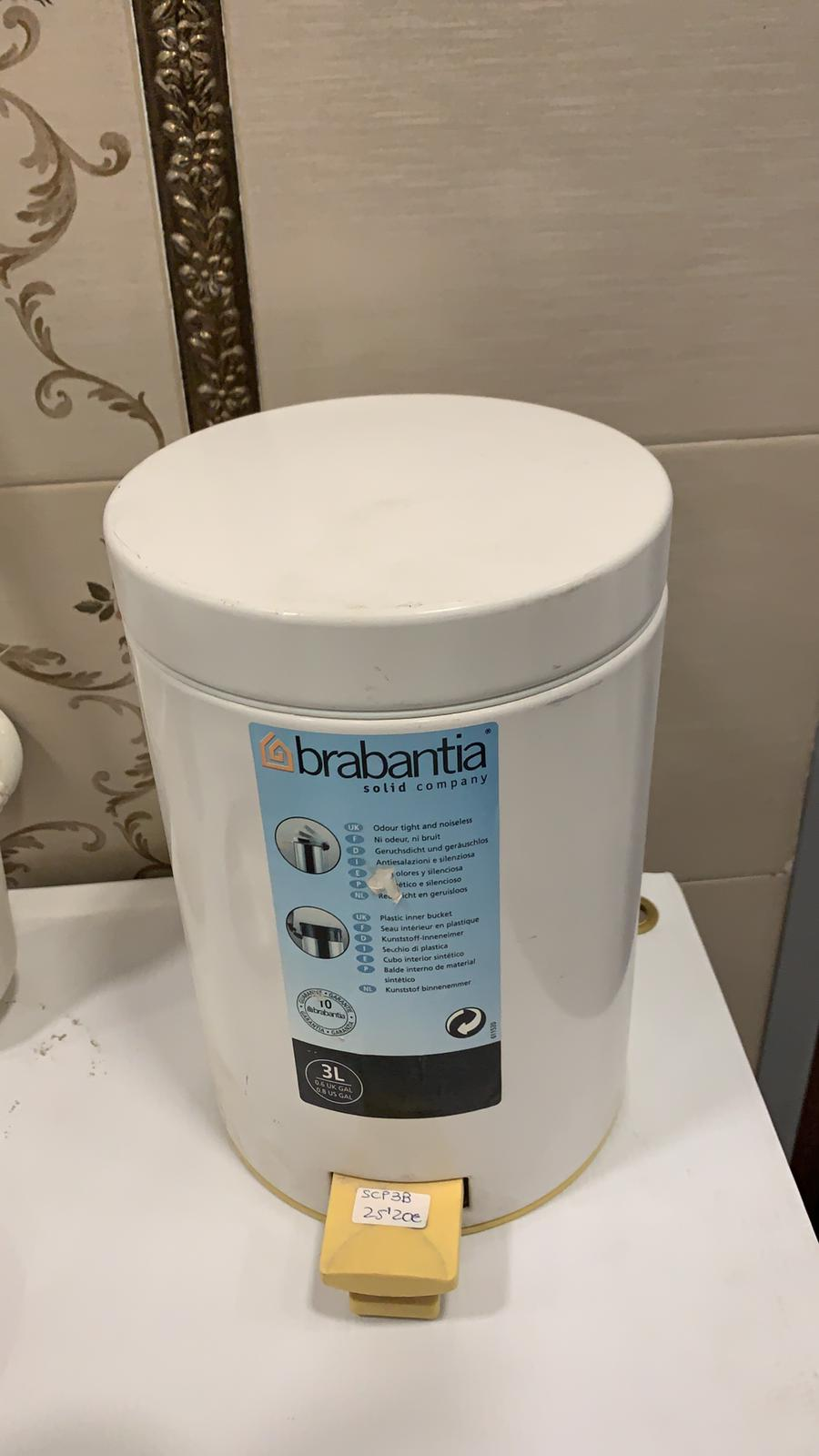 papelera baño